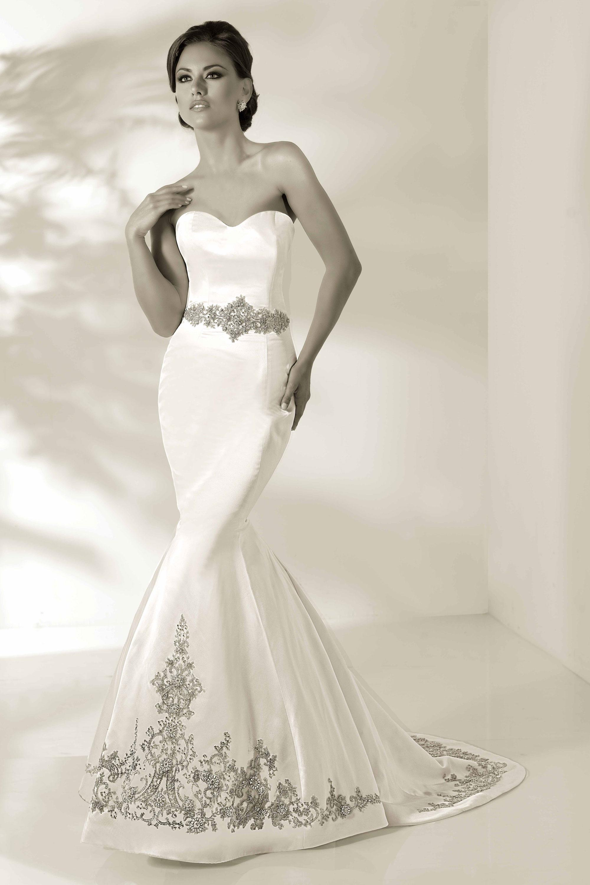 Sweetheart Wedding Dresses Use Many Varieties Materials In The Design Offer Interest And Fascination To Sophisticated Styles